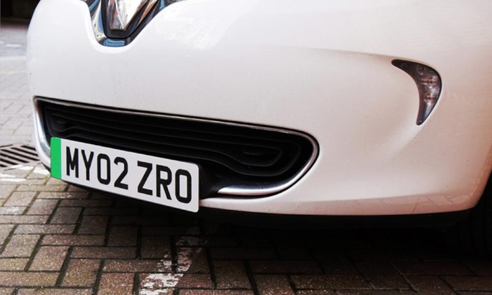 """Une plaque spéciale """"voitures vertes"""" peut-elle booster la vente de véhicules propres ?"""
