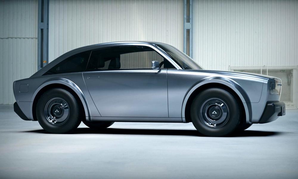 Ce coupé électrique peut vous transformer en James Bond