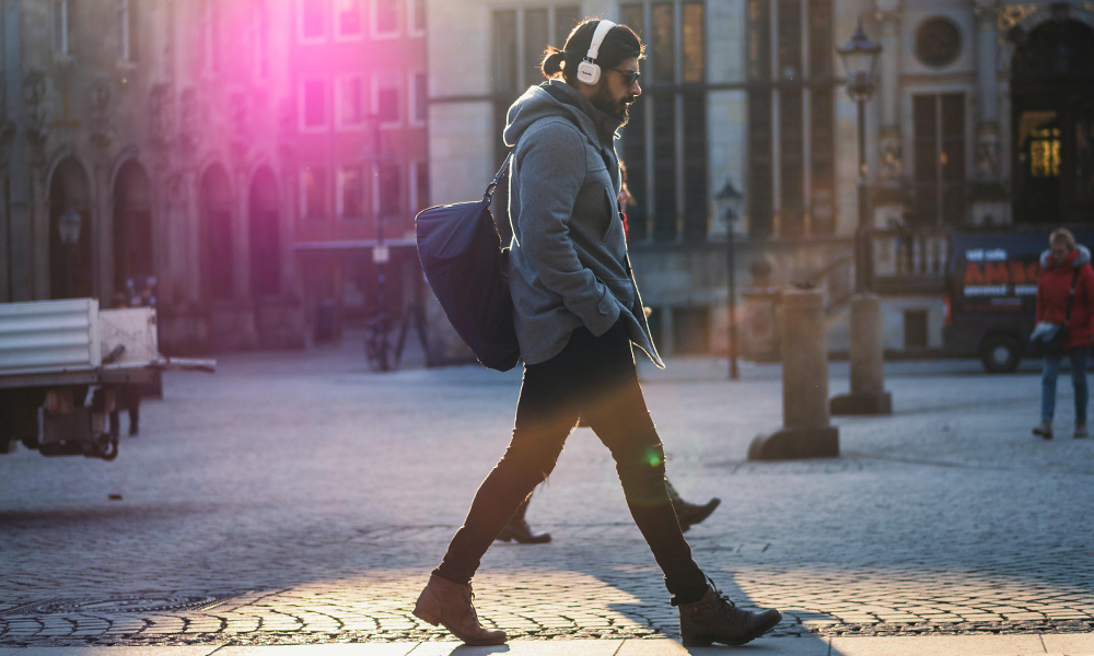 COVID-19 : les Français délaissent les transports en commun pour la marche et le vélo