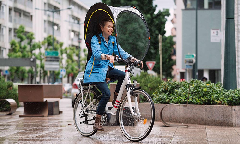 Vent, neige, pluie : cette protection pour vélo peut tout affronter