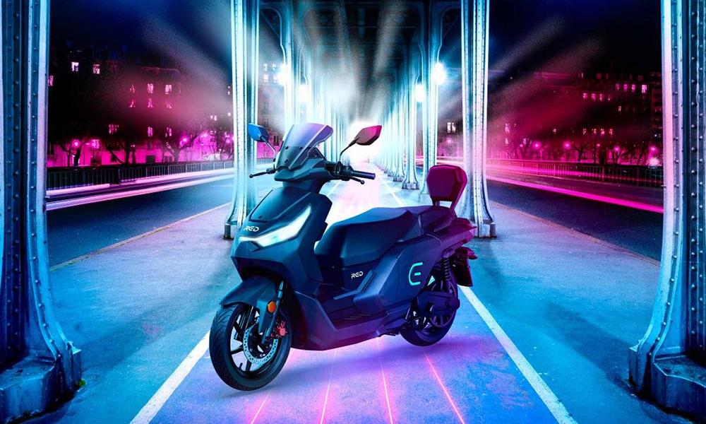 La Fnac se lance dans le business du… scooter électrique