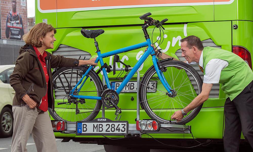 C'est voté : Blablabus et Flixbus devront transporter votre vélo