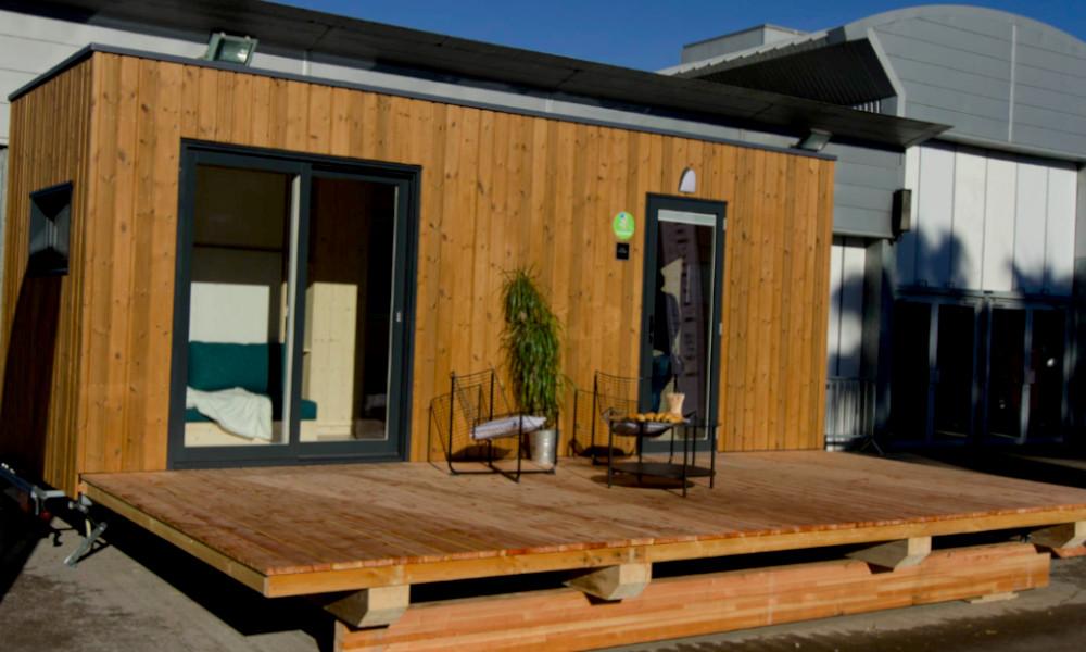 Lyon inaugure le premier village de micro-maisons pour les sans-abris