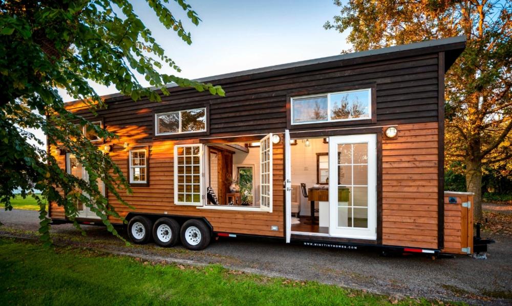 """Plus de fenêtres, plus de soleil : cette mini-maison vous """"redore"""" le moral"""