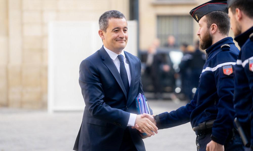 """Le train gratuit pour les policiers dès 2022, """"grâce"""" à Gérald Darmanin"""
