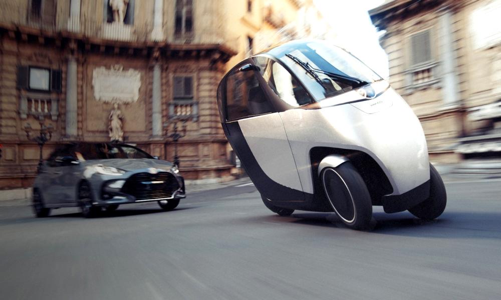 Plus jamais peur des bouchons avec cette voiture-moto électrique