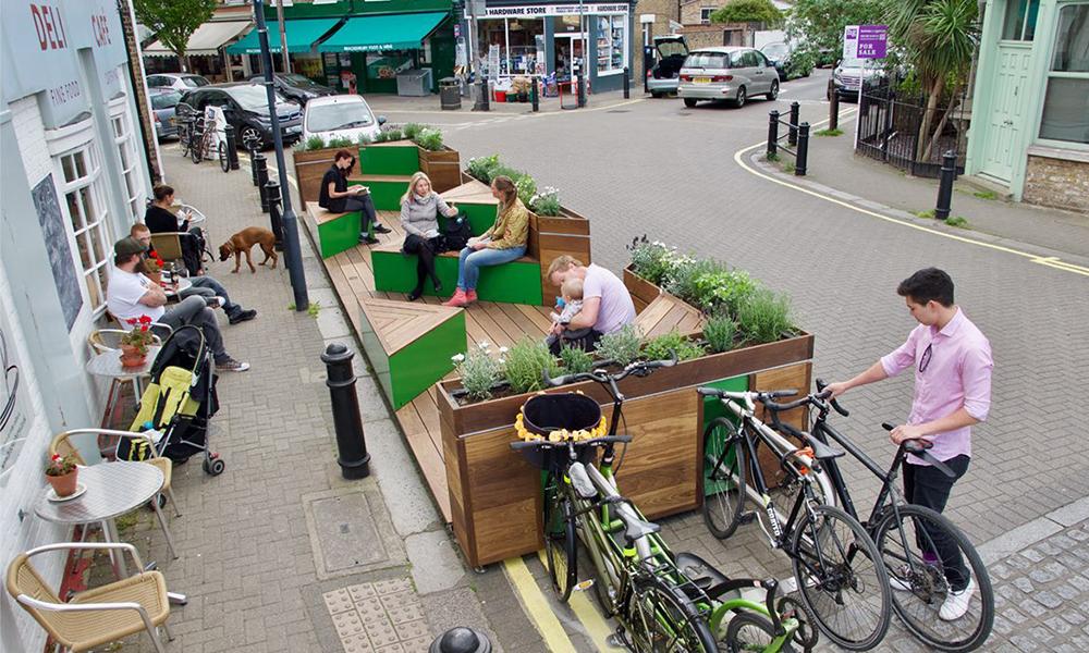 En Suède, les places de parking sont remplacées par des espaces de rencontre