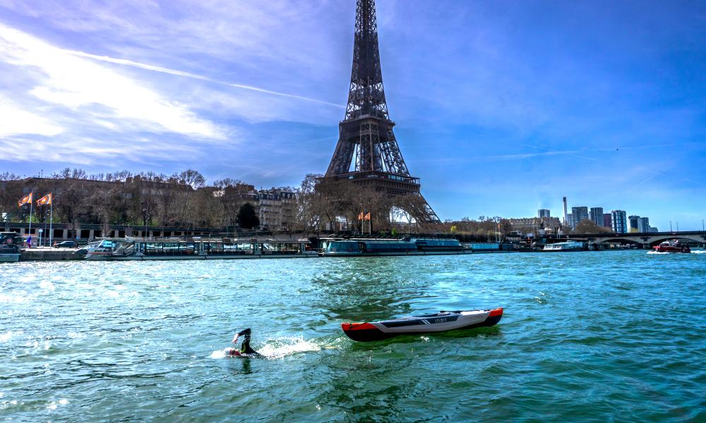 À 19 ans, il va parcourir les 784 km de la Seine à la nage