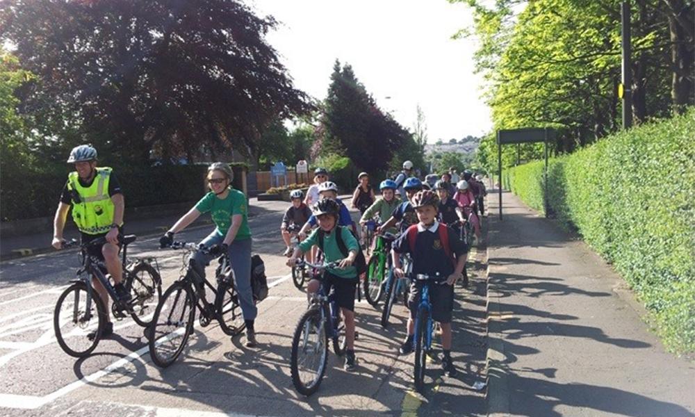 En Écosse, les enfants vont à l'école sans polluer grâce au