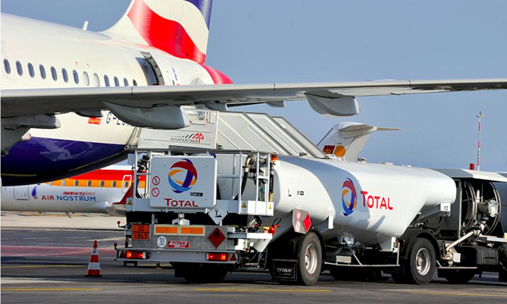 Total se lance dans le biocarburant... mais pour les avions