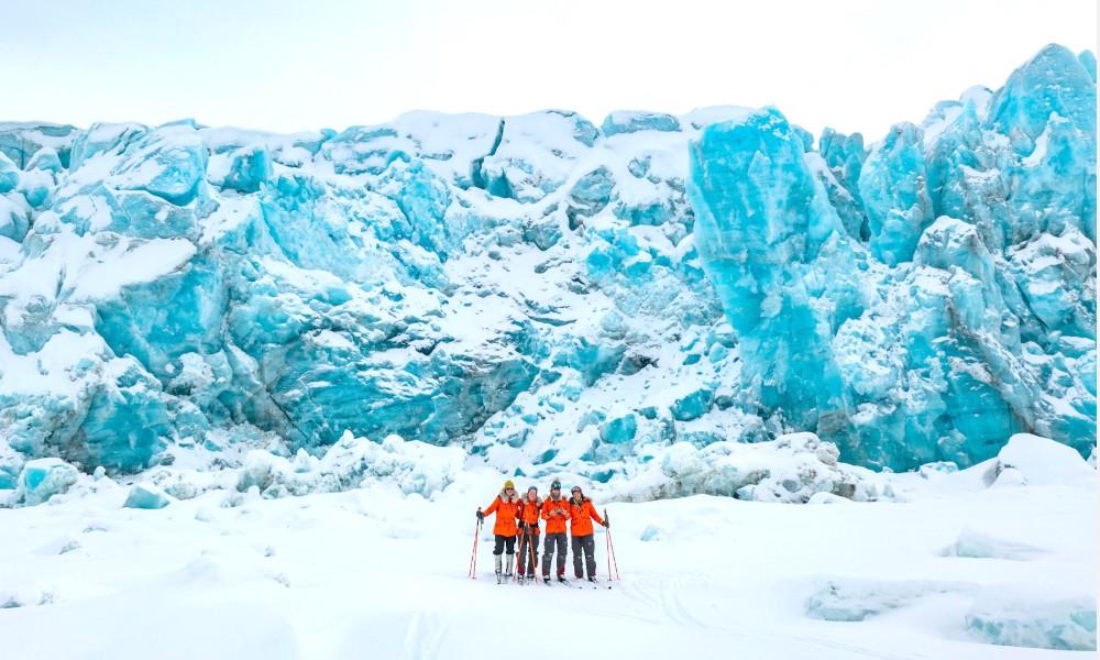 Pour traquer la pollution, ces femmes ont traversé 450 km de glaciers en ski