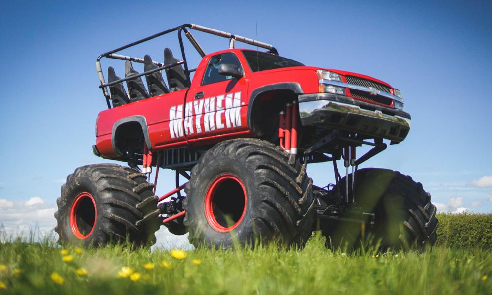 Plus c'est gros, plus ça passe : ce monstre mécanique peut accueillir 11 personnes