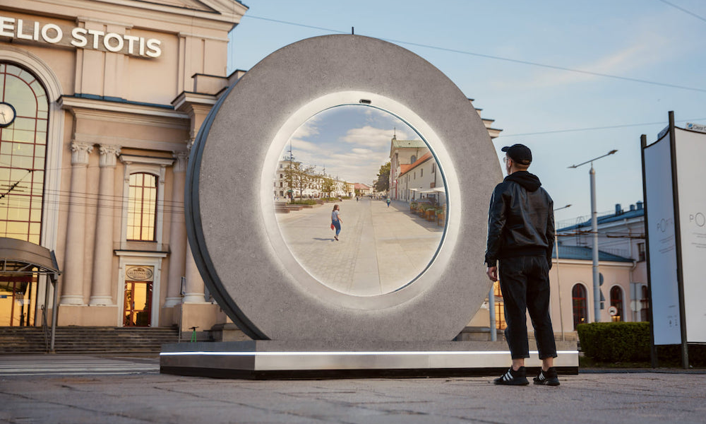 Comme dans Stargate, ce portail permet de se connecter à n'importe quelle ville du monde