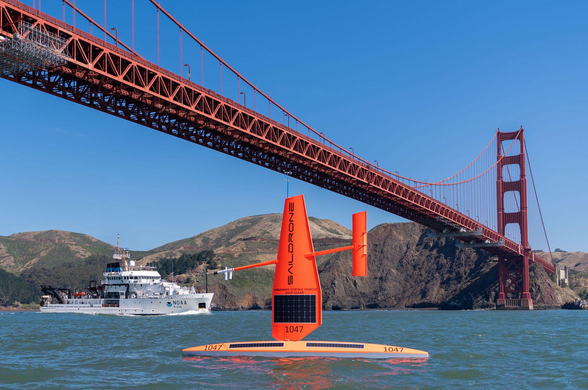 Ces voiliers solaires parcourent les mers pour combattre le changement climatique