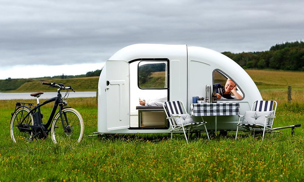Dites adieu aux hôtels avec cette caravane pour cycliste à 4000€