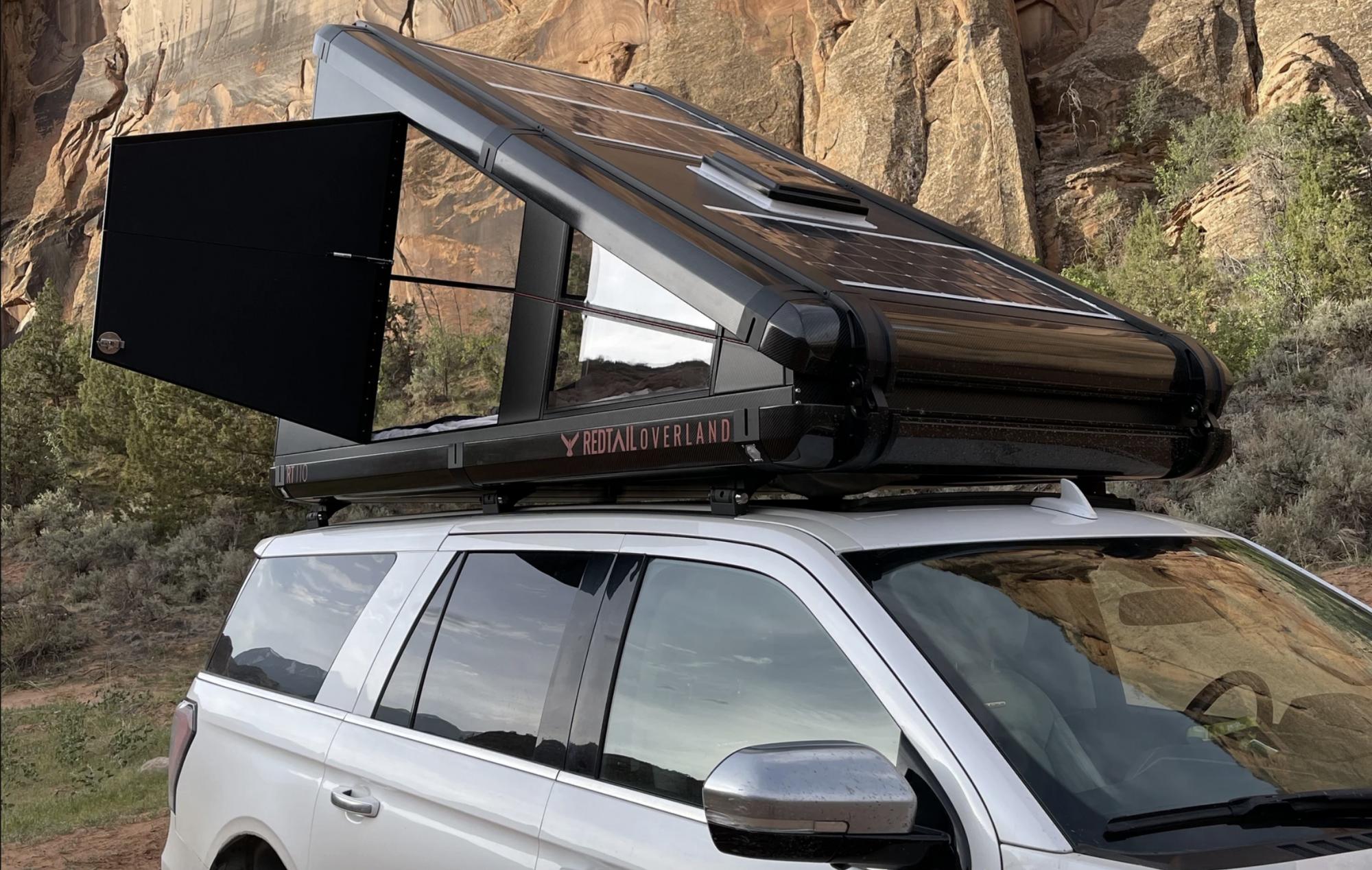 Camper sur votre voiture, c'est possible avec cette tente qui s'installe en 30 secondes