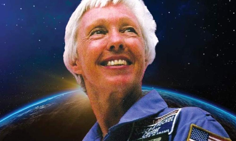 À 82 ans, cette mamie astronaute va réaliser son rêve : s'envoler dans l'espace