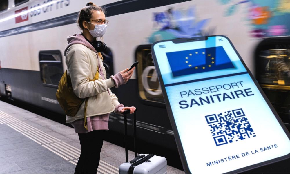 Trains, avions, RER: qui remboursera votre voyage en cas de test PCR positif ?