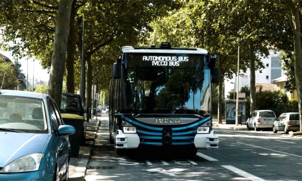 Tremblez : ce bus SANS chauffeur roulera bientôt près de chez vous