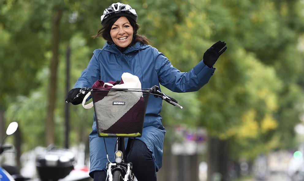À Paris, il  pourrait y avoir plus de vélos que de voitures dès 2026