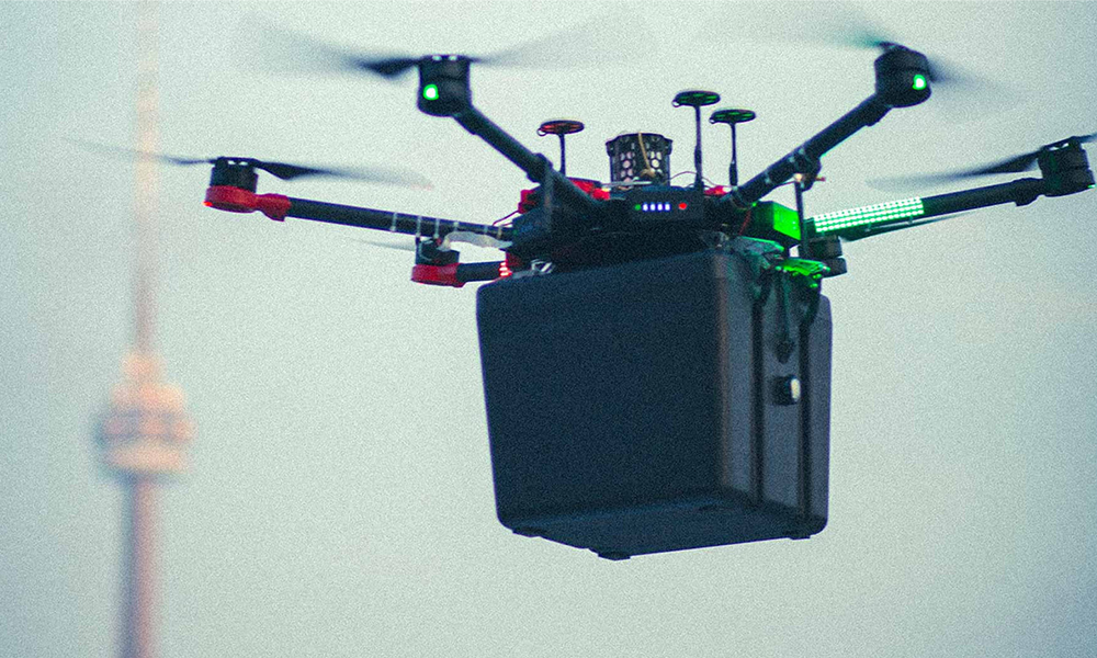 Ce drone-ambulance sauve un malade en livrant un poumon par les airs