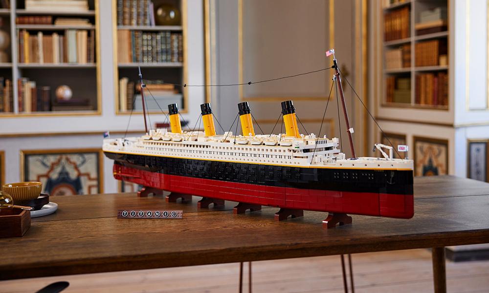 Au moins celui-là ne coule pas : voici un Titanic en Lego de 9000 pièces